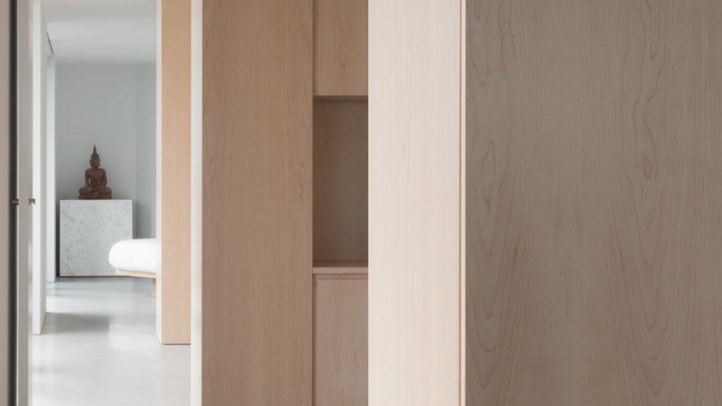 Мінімалістичний дизайн квартири від Джона Поусона