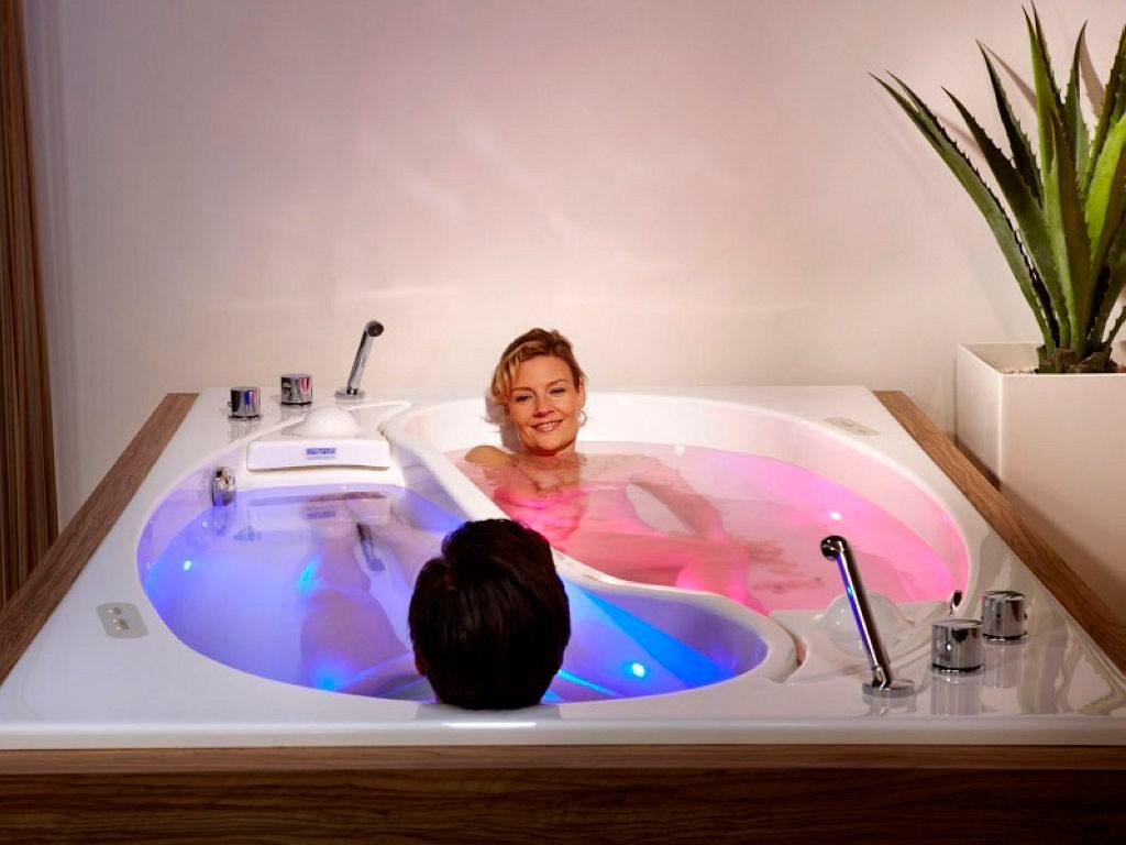 Як вибрати ванну або піддон для душа
