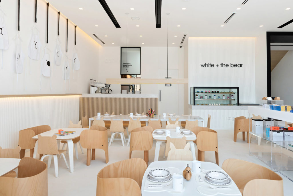Дитячий ресторан White & The Bear в Дубаї